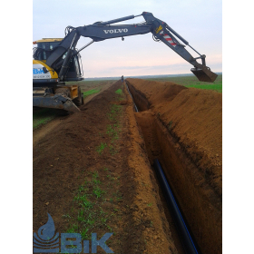 Завершение укладывания трубопровода системы орошения
