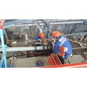 сварка трубопровода на производстве